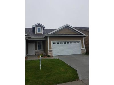 Waukee Condo/Townhouse For Sale: 1592 SE Blackthorne Drive