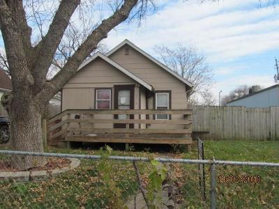 Single Family Home For Sale: 3011 E 9th Street