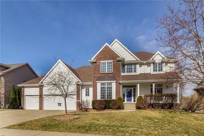 West Des Moines Single Family Home For Sale: 5577 Ponderosa Drive
