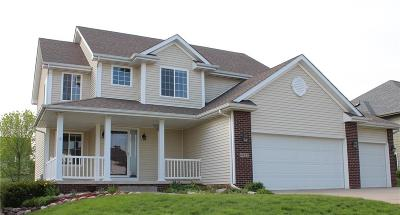 Johnston Single Family Home For Sale: 6822 Lewis Carroll Court