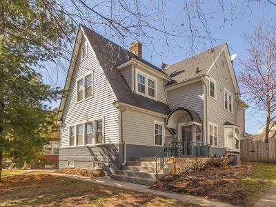 Des Moines Single Family Home For Sale: 4521 Chamberlain Drive