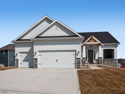 Adel Single Family Home For Sale: 1020 Baileys Grove Drive