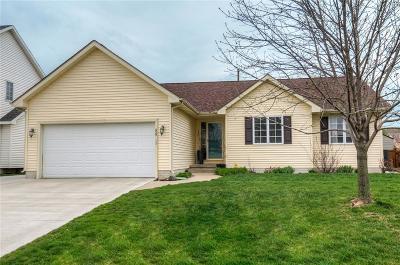 Waukee Single Family Home For Sale: 335 NE Carefree Lane