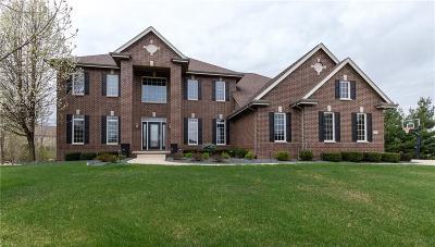 Urbandale Single Family Home For Sale: 15415 Brookshire Drive