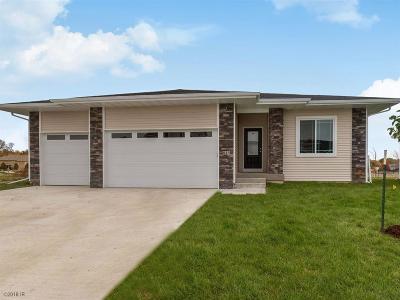 Waukee Single Family Home For Sale: 845 8th Street