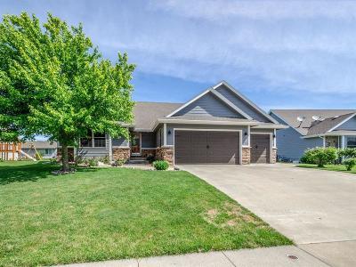 Urbandale Single Family Home For Sale: 15215 Prairie Avenue