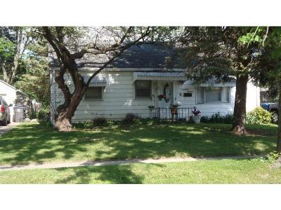 Des Moines Single Family Home For Sale: 1913 59th Street