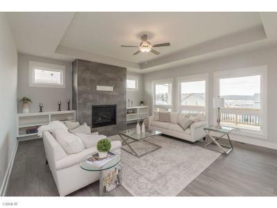 West Des Moines Single Family Home For Sale: 1451 S Arrowleaf Lane