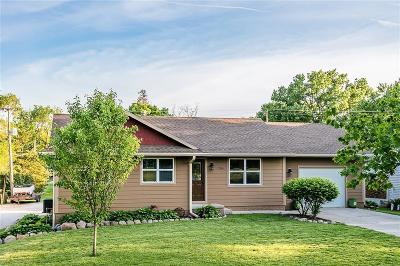 Dallas Center Single Family Home For Sale: 1704 Sycamore Street