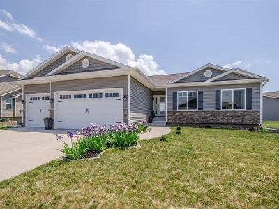 Waukee Single Family Home For Sale: 1665 Snyder Street