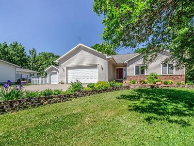 Waukee Single Family Home For Sale: 620 SE Boone Drive