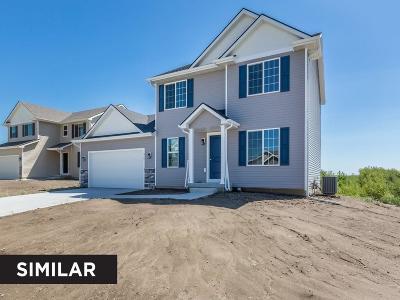 Waukee Single Family Home For Sale: 680 SE Maxwell Drive
