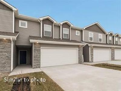 Ankeny Condo/Townhouse For Sale: 2006 NW Northwood Lane