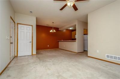West Des Moines Condo/Townhouse For Sale: 8601 Westown Parkway #16105
