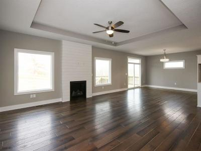 Norwalk Single Family Home For Sale: 439 W High Road