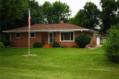 Johnston Single Family Home For Sale: 5421 NW 64th Place