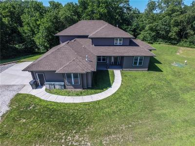 Boone County Single Family Home For Sale: 2337 170th Street
