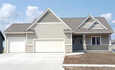 Altoona Single Family Home For Sale: 1239 34th Street SE