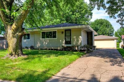 Waukee Single Family Home For Sale: 900 3rd Street