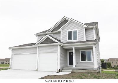 Norwalk Single Family Home For Sale: 1405 Warrior Run Drive