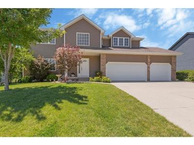 Ankeny Single Family Home For Sale: 2106 NE Bel Aire Drive