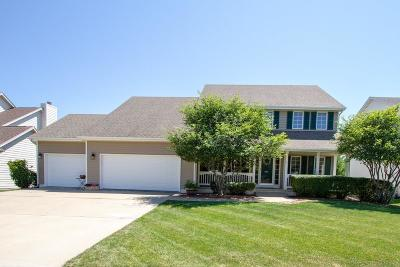 West Des Moines Single Family Home For Sale: 5962 Wistful Vista Drive