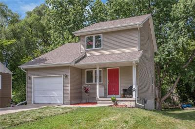 Des Moines IA Single Family Home For Sale: $159,000