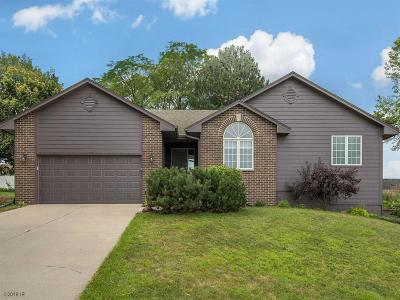 Indianola Single Family Home For Sale: 903 Sunset Drive