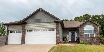 West Des Moines Single Family Home For Sale: 9296 Sugar Creek Circle
