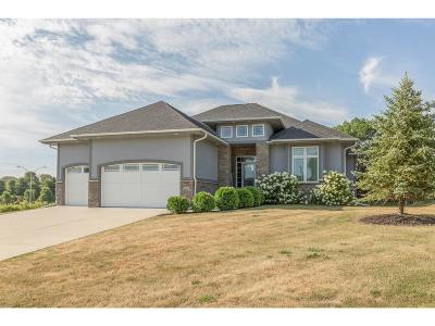 Urbandale Single Family Home For Sale: 15602 Wilden Drive