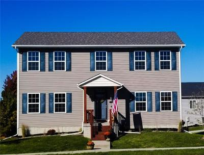 Waukee Single Family Home For Sale: 85 SE Booth Avenue
