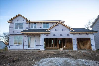 Urbandale Single Family Home For Sale: 8802 Beechwood Drive