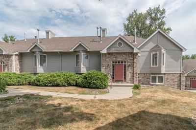 Urbandale Condo/Townhouse For Sale: 8114 Dellwood Drive