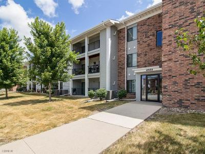Urbandale Condo/Townhouse For Sale: 4821 86th Street #30