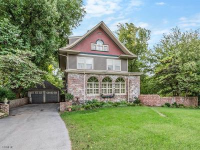Des Moines Single Family Home For Sale: 2900 Forest Drive
