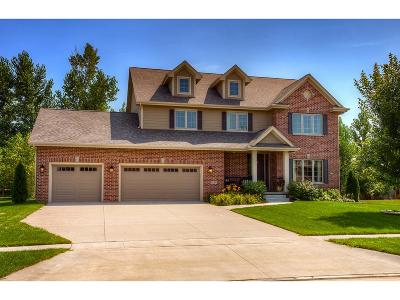Urbandale Single Family Home For Sale: 15306 Maple Drive