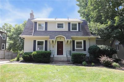 Des Moines Single Family Home For Sale: 2404 Terrace Road