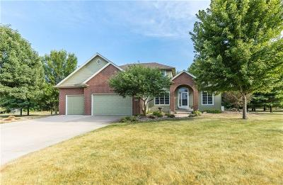 Waukee Single Family Home For Sale: 3092 Cottonwood Drive