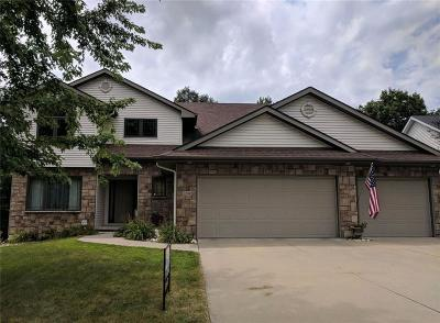 Des Moines Single Family Home For Sale: 3516 Village Run Drive