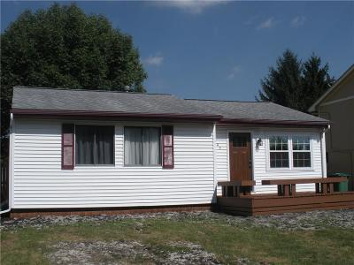 Altoona Single Family Home For Sale: 905 9th Avenue NW