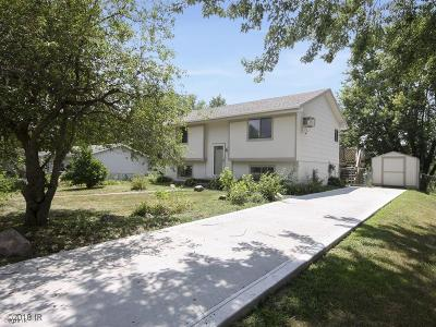 Norwalk Single Family Home For Sale: 825 Casady Drive