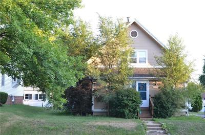 Des Moines IA Single Family Home For Sale: $125,000
