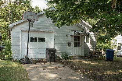 Des Moines IA Single Family Home For Sale: $85,000