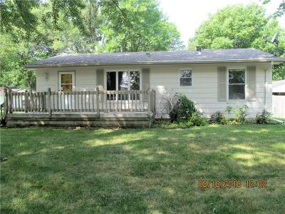 Ankeny Single Family Home For Sale: 300 NW Linden Street