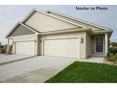 Altoona Condo/Townhouse For Sale: 1502 Indigo Drive SE