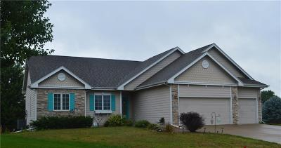 Altoona Single Family Home For Sale: 1523 Pinewood Court SW