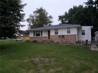 Bondurant Single Family Home For Sale: 407 Grant Street S