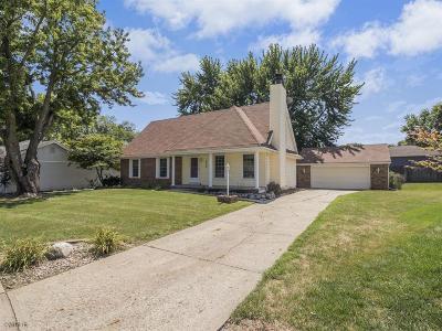 Altoona Single Family Home For Sale: 2400 Trails End SW
