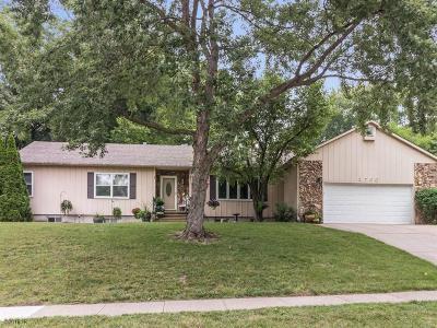 Urbandale Single Family Home For Sale: 2700 71st Street