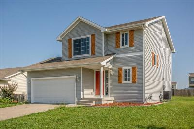 Bondurant Single Family Home For Sale: 212 Walnut Drive NW